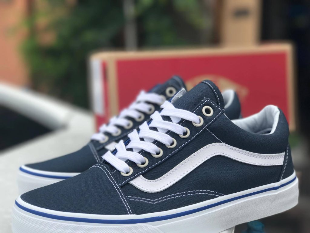 VANS Old Skool - Midnight Navy : Price 2,600.-