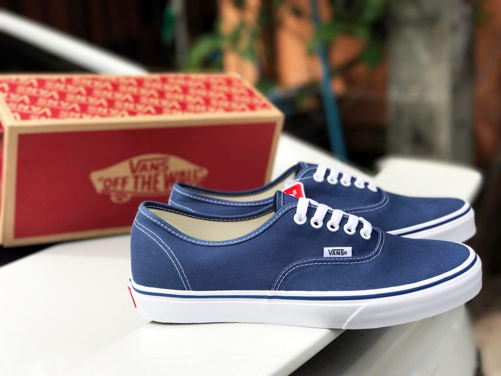 VANS Authentic - Navy : Price 1,880.-