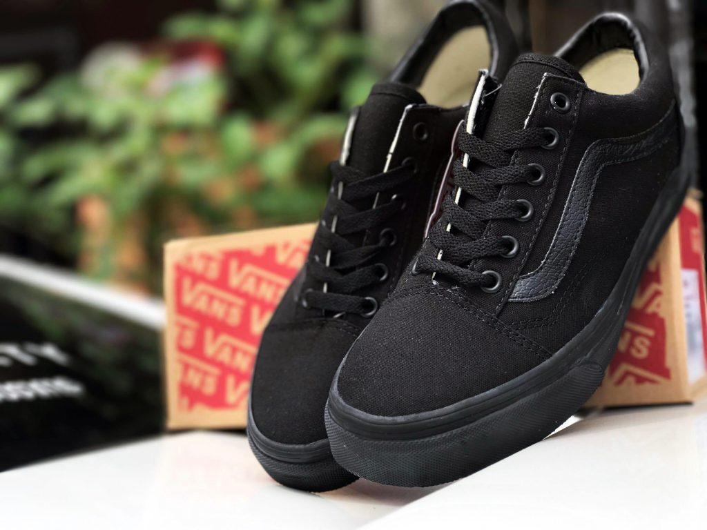 VANS Old Skool - Black/Black (Import) : Price 2,900.-