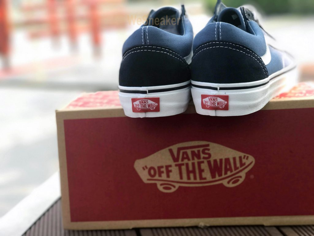 VANS Old Skool - Navy : Price 2,300.-
