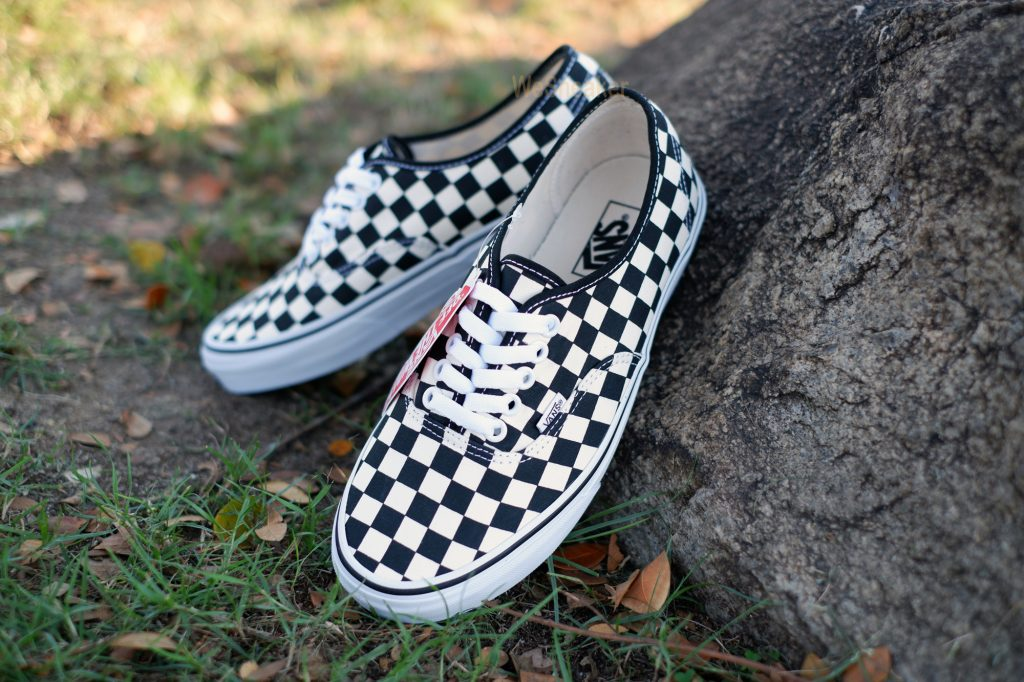 VANS Authentic - Black&White Checkerboard : Price 1,880.-