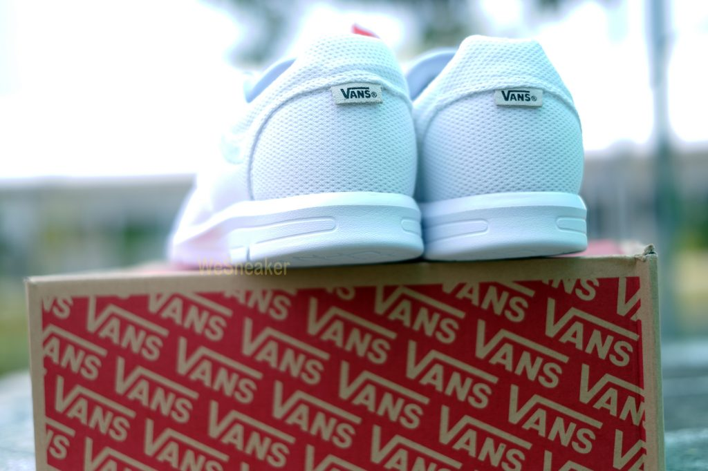 [VANS] ISO 1.5 + (Mesh) - True White : Price 3,490.-