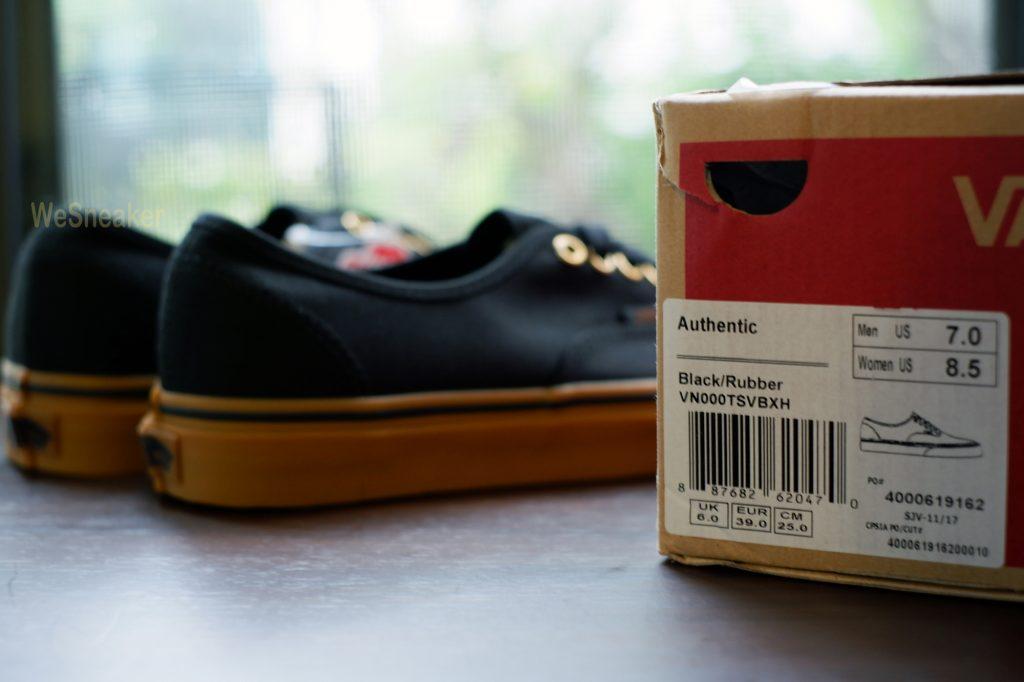 [VANS] Authentic (Gum Sole) - Black/Rubber : Price 2,700.-