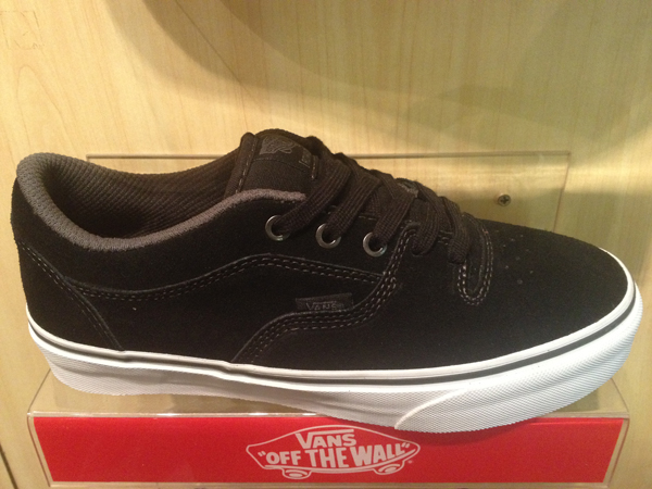 "VANS ""Rowley 99 - Black/Charcoal"" : 3100.-"