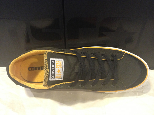 "CONS ""CT LS ox – Black/Gold"" : Price 2400.-"