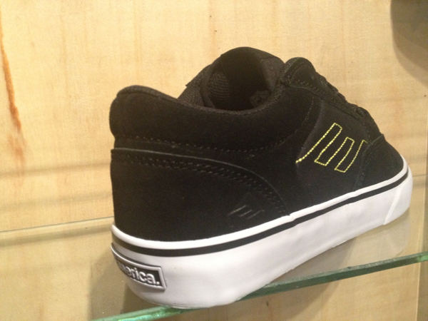 "Emerica : ""Jinx – Black/Lime"" : Price 2900.-"