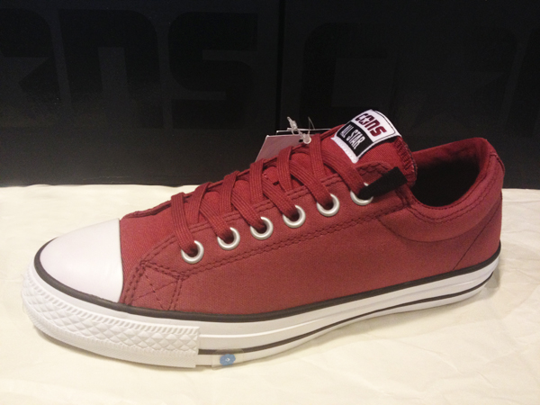 """CONS """"CTS OX – Cranberry/White"""" : Price 2400.-"""