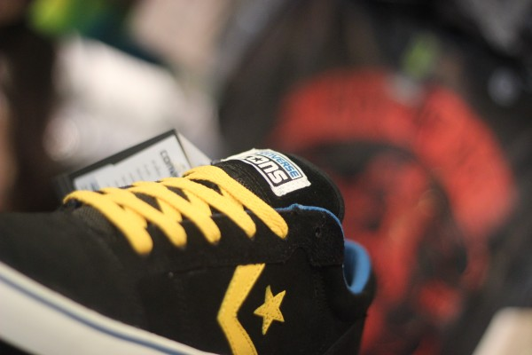 """CONS """"Badge II OX – Black/Old Gold"""" : Price 2200"""