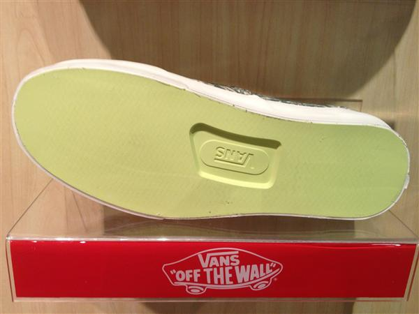 """VANS """"Authentic CA – (Paisley) Oliveine"""" [Limited Edition!] : Price 2200.-"""