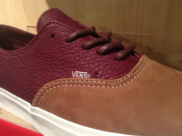 "VANS ""Era Decon CA - (2 Tone) Brown/Port Royal"" : Price 3490.-"
