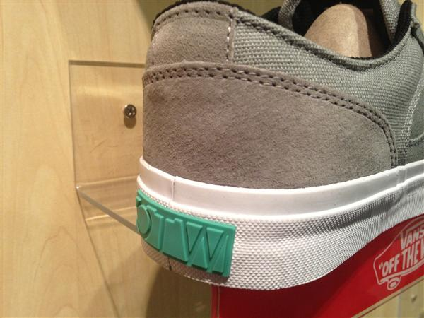 "VANS [OTW] Bedford Low – (Block) Grey/White"" : Price 3490.-"