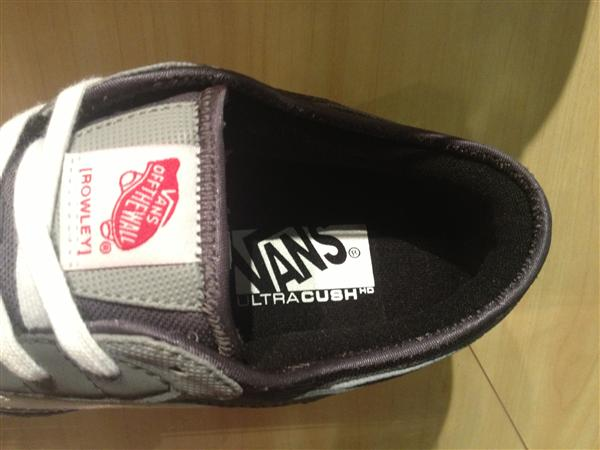 """VANS """"Rowley Pro – (Synthetic) Pewter/Light Grey"""" : Price 3490.-"""