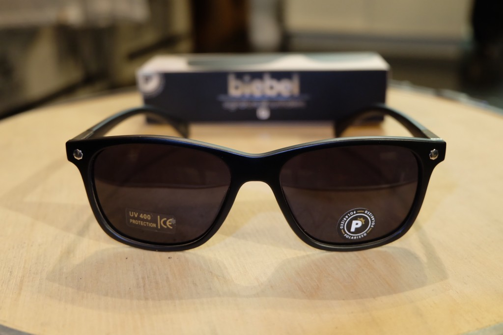 แว่นกันแดด Glassy | Glassy Biebel Signature - MATTE BLACK POLARIZED : ราคา 1,390.-