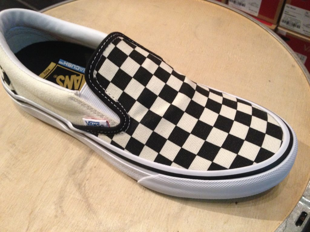 "c5227d37433 VANS ""Slip-On PRO (50th)  82 Checkerboard""   Price 3"