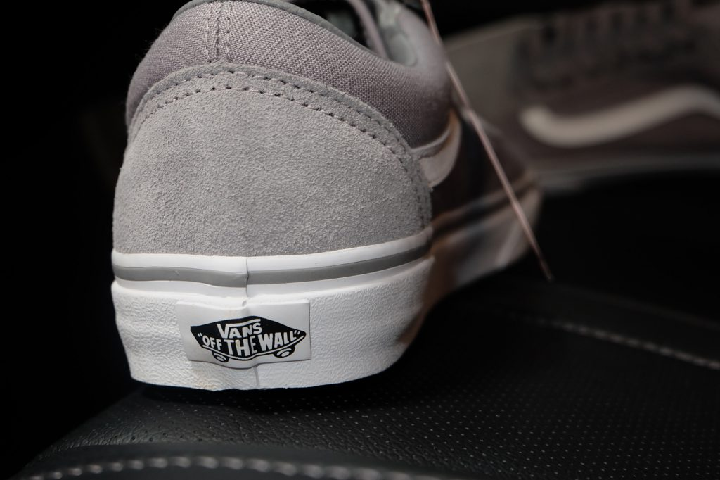"VANS ""Old Skool (Suede/Canvas) Frost Gray/True White"" : Price 2,700.-"
