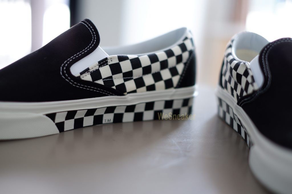 [VANS] Slip-On (Sidewall Checker) Black/White : Price 2,990.-