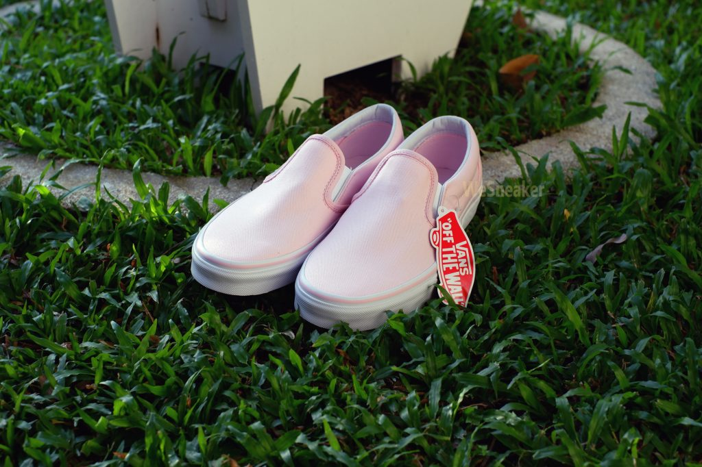 [VANS] Slip-On (Classic) - Ballerina/True White : Price 2,800.-