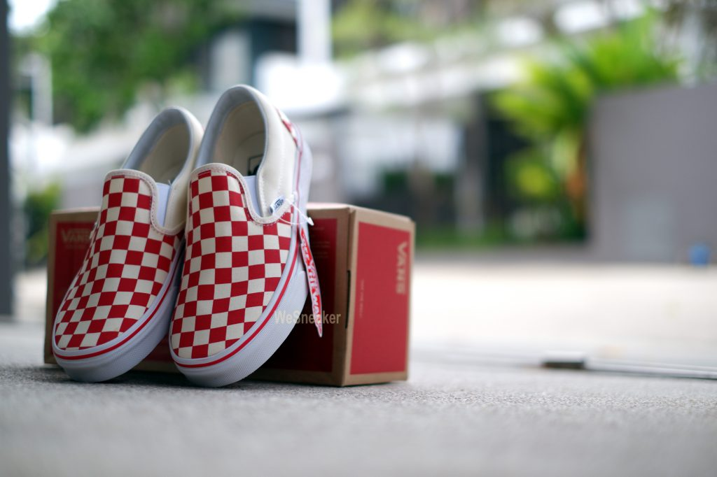 [VANS] Slip-On Classic Primary Check Racing Red : Price 2,800.-