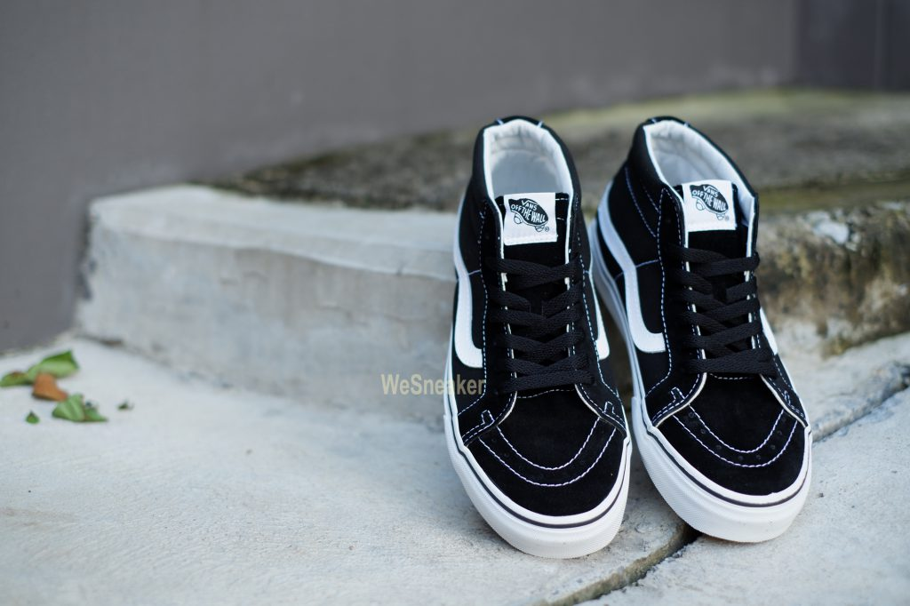 [VANS] SK8 (Mid) - Reissue Black/True White : Price 3,390.-