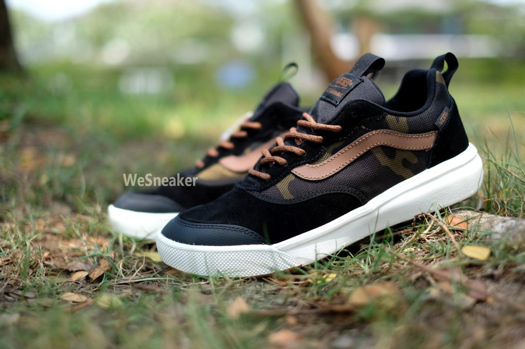 [VANS] UltraRange - Black/Dachshund : Price 3,700.-