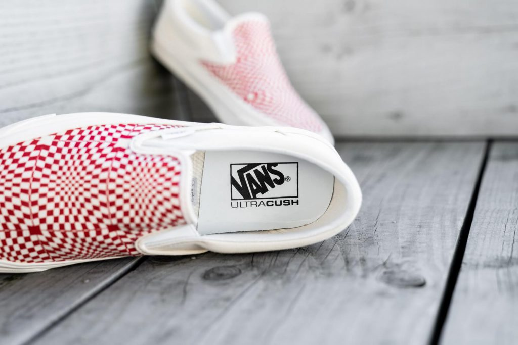 [VANS] Slip-On 98 DX (Anaheim Factory) - OG Red : Price 2,990.-