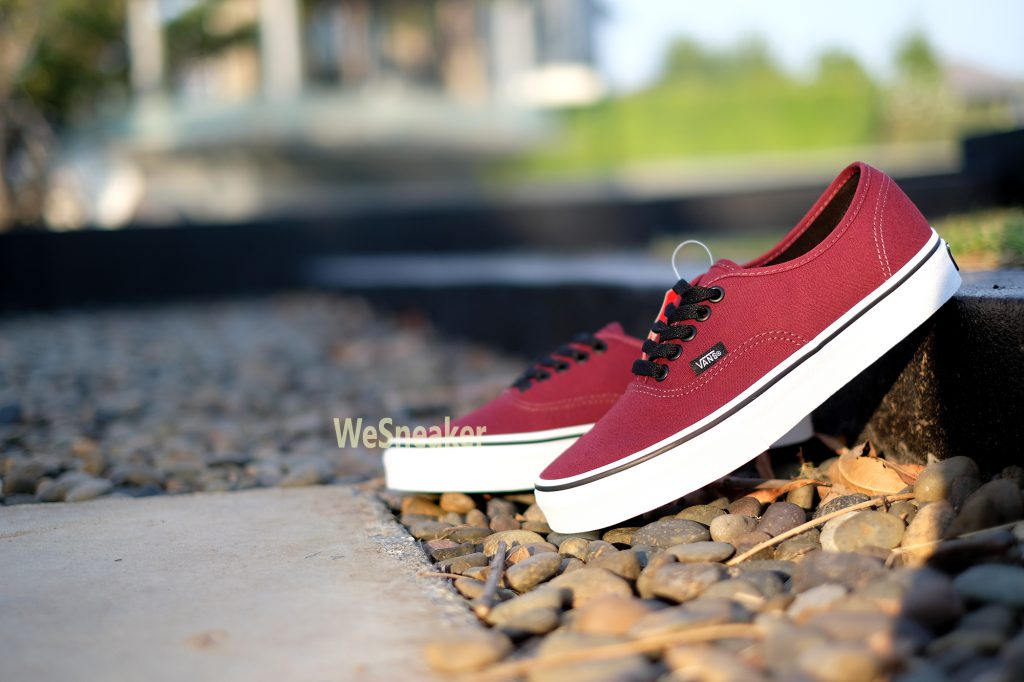 [VANS] Authentic - Port Royale Red/Black : Price 1,990.-
