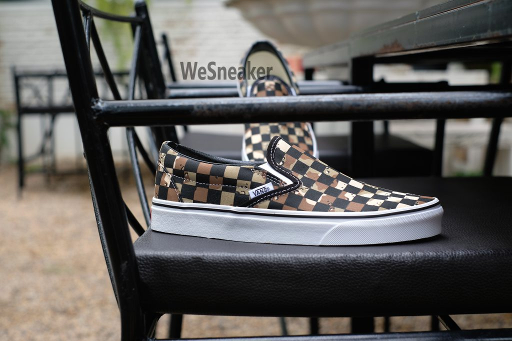 [VANS] Slip-On (Classic) - Checkerboard Camo Desert/True White : Price 2,100.-