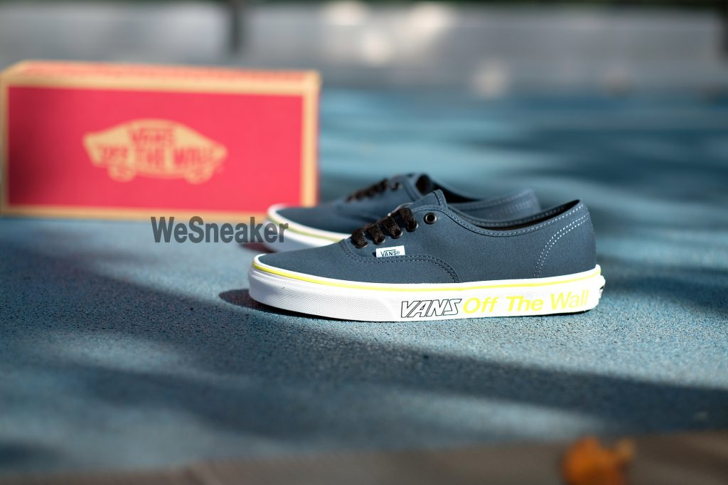 [VANS] Authentic (Sport) - Multi/True White : Price 2,100.-