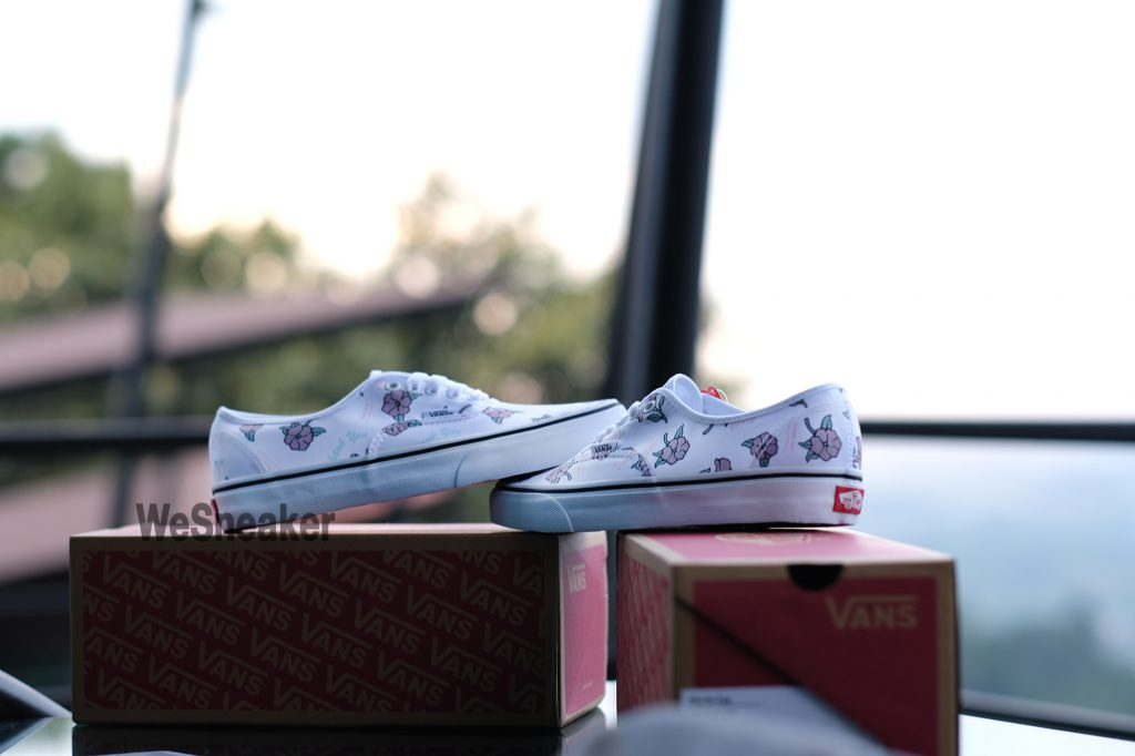 [VANS] Authentic (Thank You Floral) - True White : Price 2,300.-